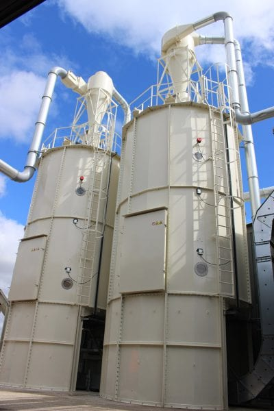 Two dust Silos with Delivery System