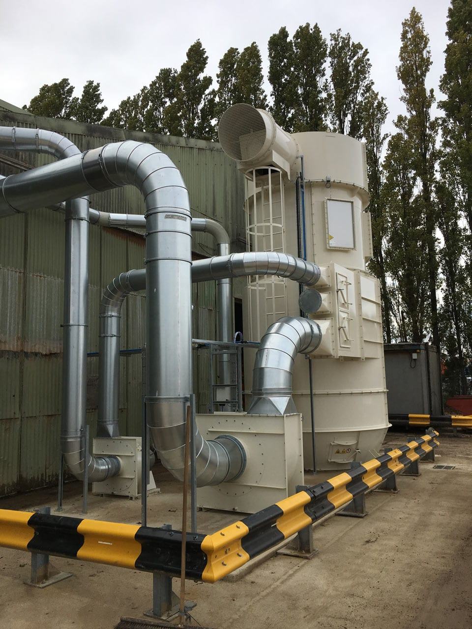Cat Litter Extraction System with 4X5 Filter Delivering Filtered Product Back to Infeed