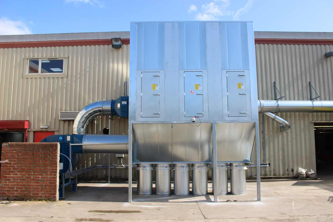 Workshop Dust Extraction System with Bins