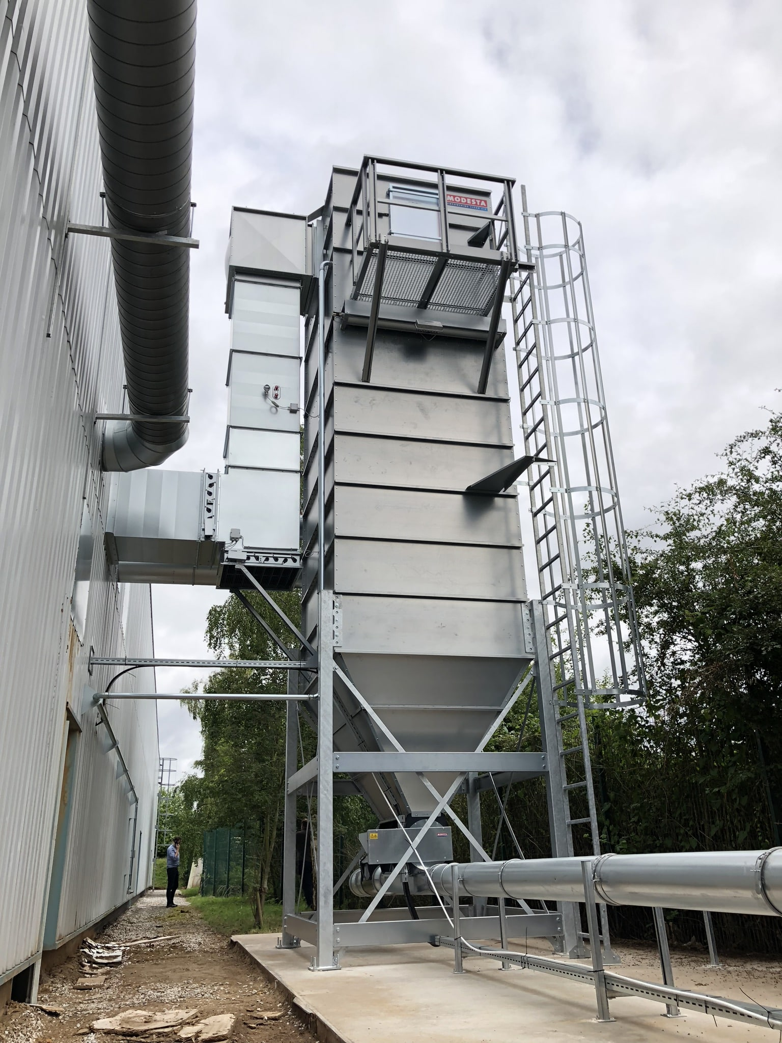 dust extraction filter with return air